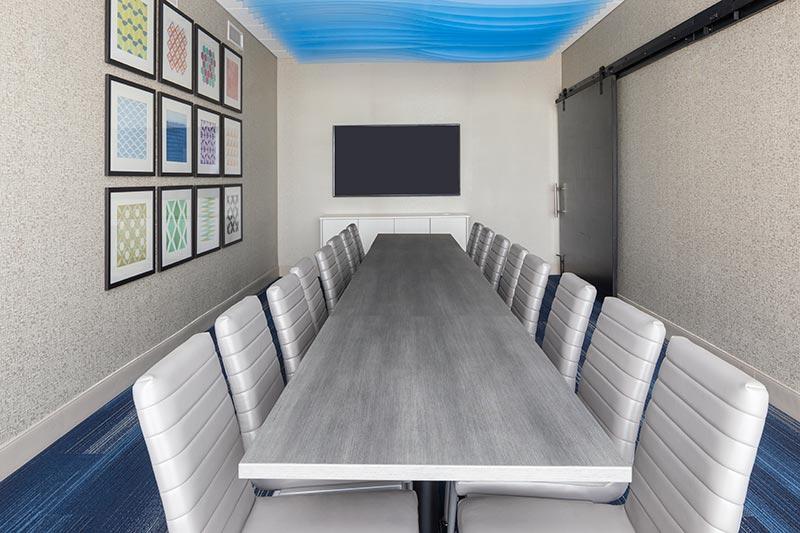 https://hibourbonnais.com/wp-content/uploads/2020/07/Meeting-Room-Holiday-Inn-Express-Bourbonnais.jpg